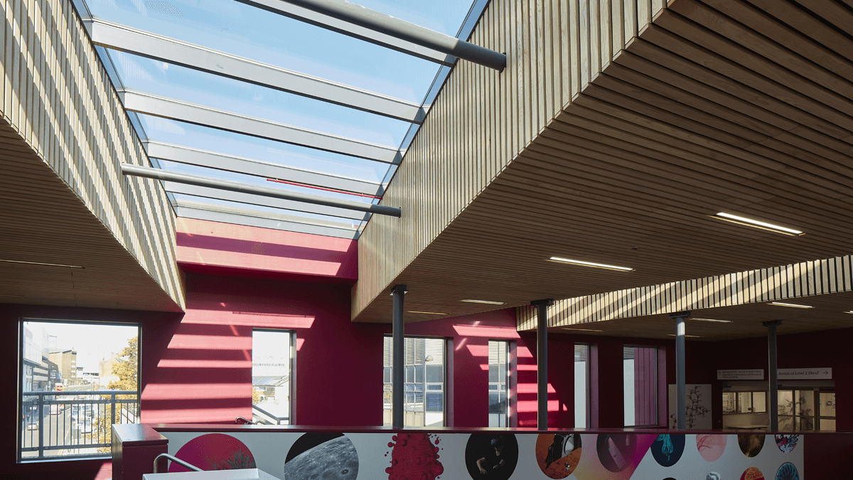 Sheffield Hallam University, England | LAMILUX Heinrich Strunz Group